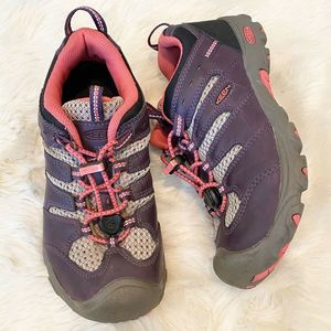 KEEN Koven Waterproof Low Hiking Shoes Purple